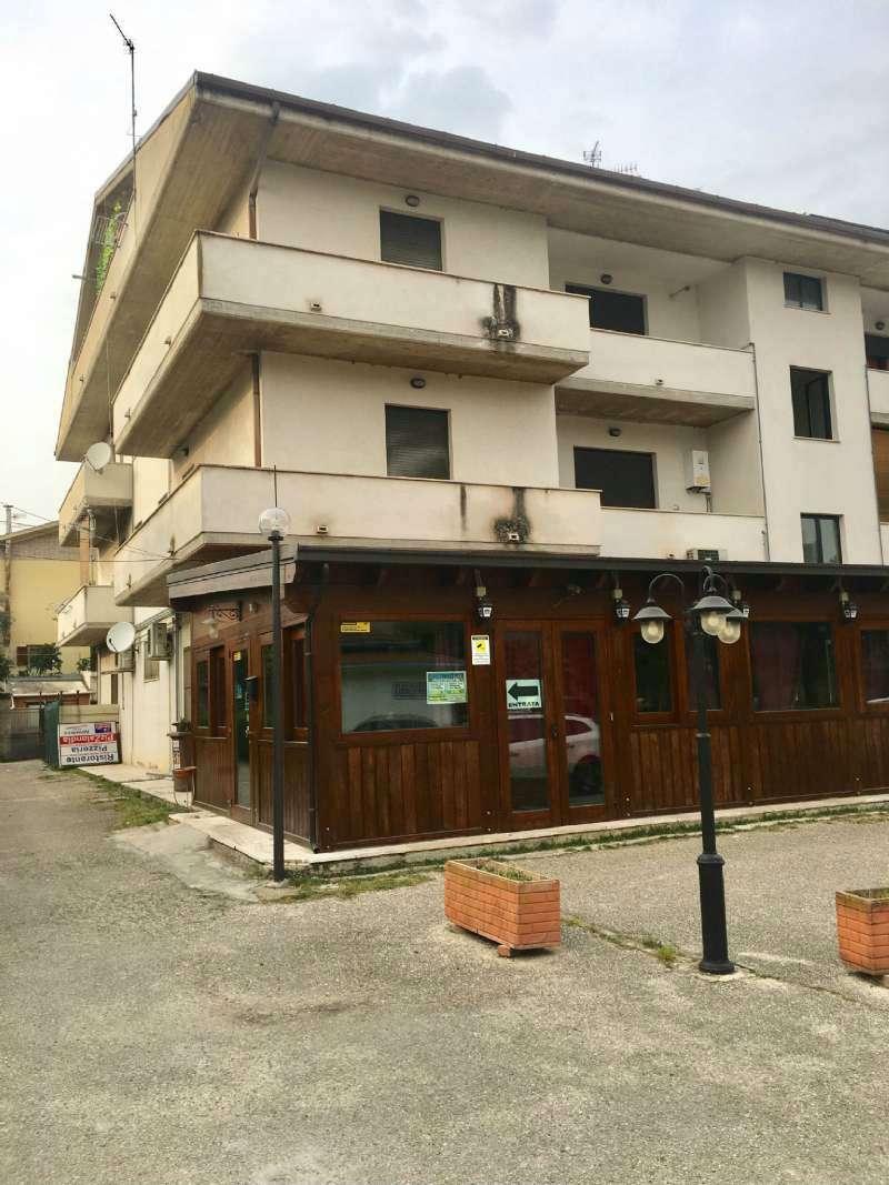 Appartamento in affitto a Collecorvino, 2 locali, prezzo € 300 | CambioCasa.it