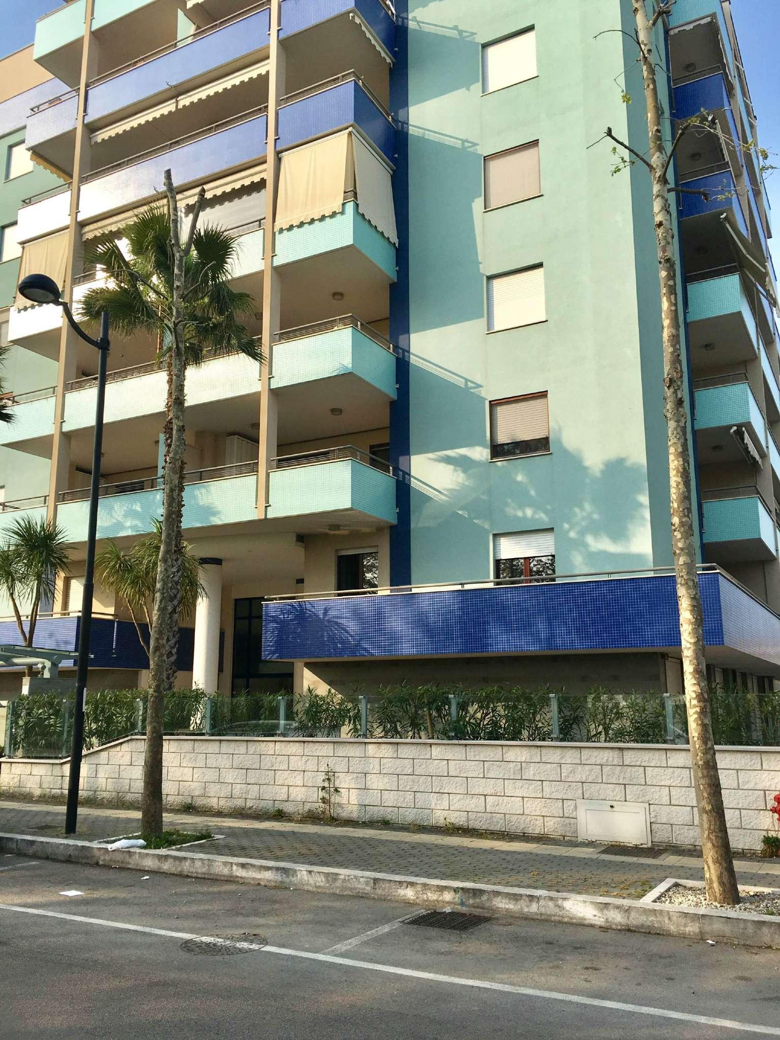Appartamento in affitto a Montesilvano, 2 locali, prezzo € 450   Cambio Casa.it