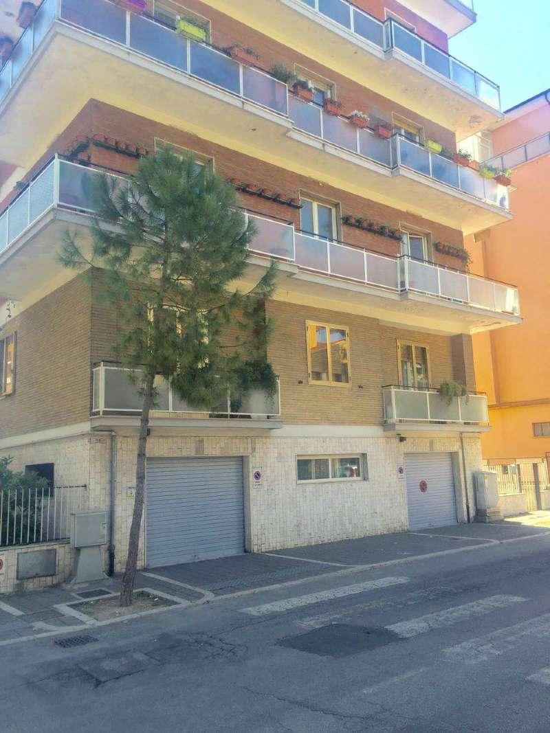 Appartamento in affitto a Pescara, 2 locali, prezzo € 470 | CambioCasa.it