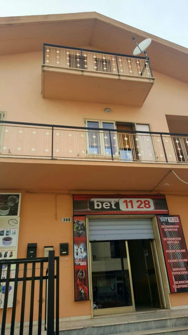 Negozio / Locale in affitto a Montesilvano, 2 locali, prezzo € 420 | Cambio Casa.it