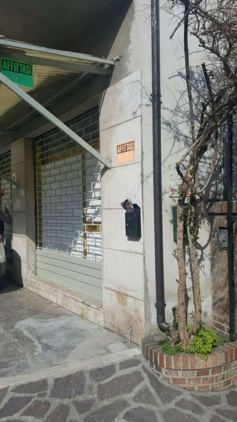 Negozio / Locale in affitto a Montesilvano, 3 locali, prezzo € 600 | Cambio Casa.it