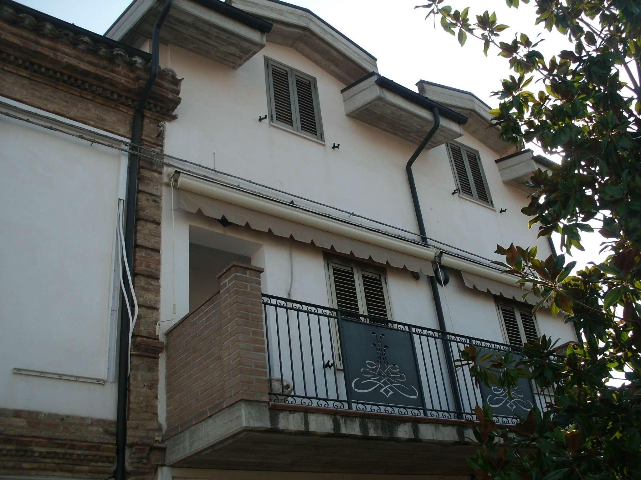 Soluzione Semindipendente in Affitto a Montesilvano
