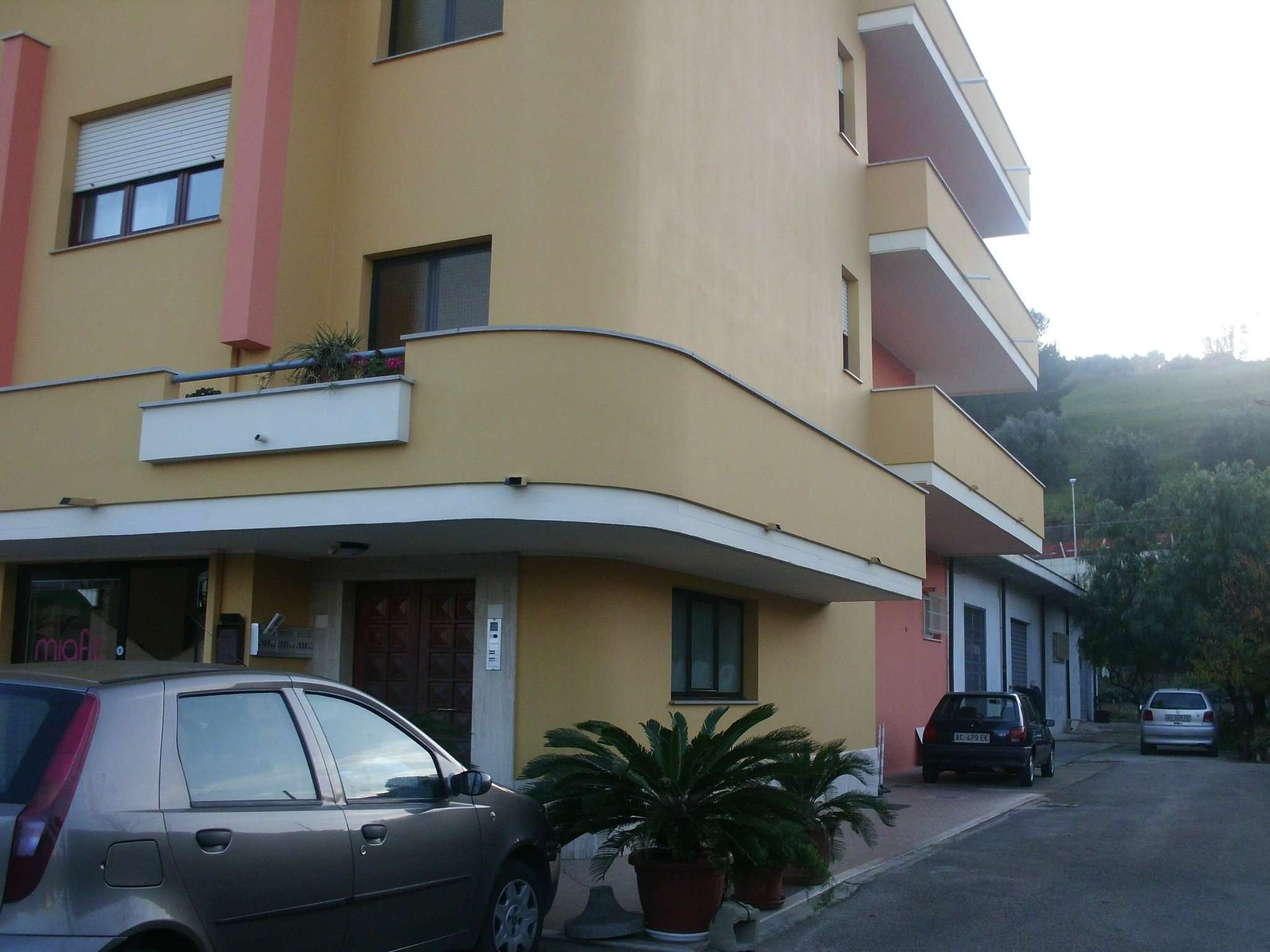 Appartamento in affitto a Montesilvano, 5 locali, prezzo € 700 | CambioCasa.it