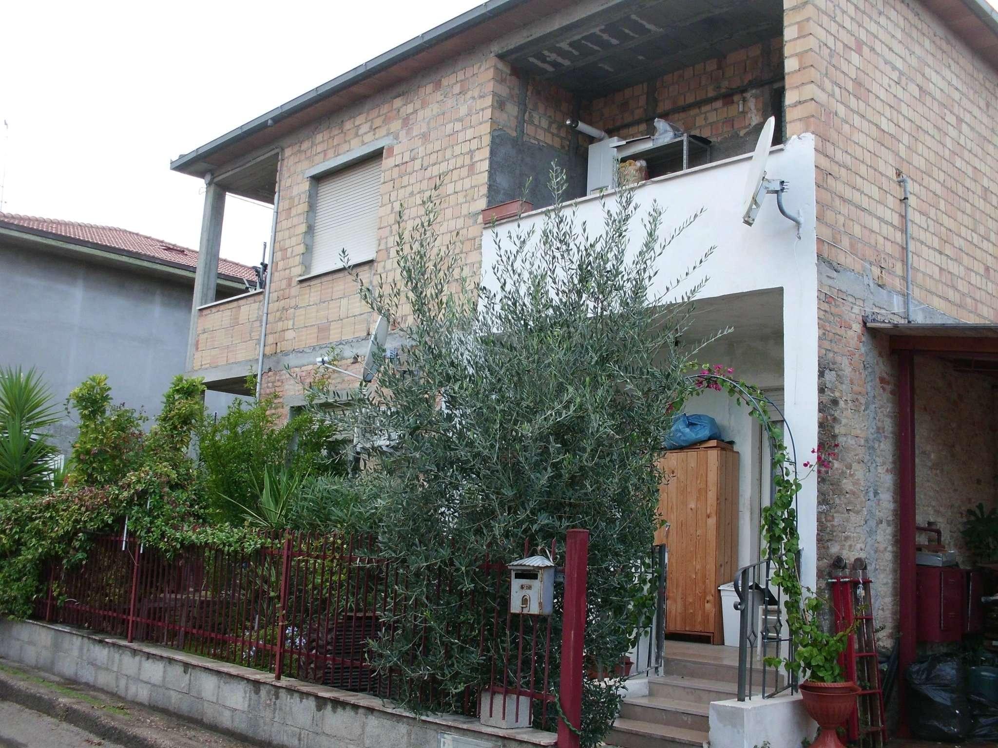 Appartamento in affitto a Montesilvano, 5 locali, prezzo € 450 | CambioCasa.it