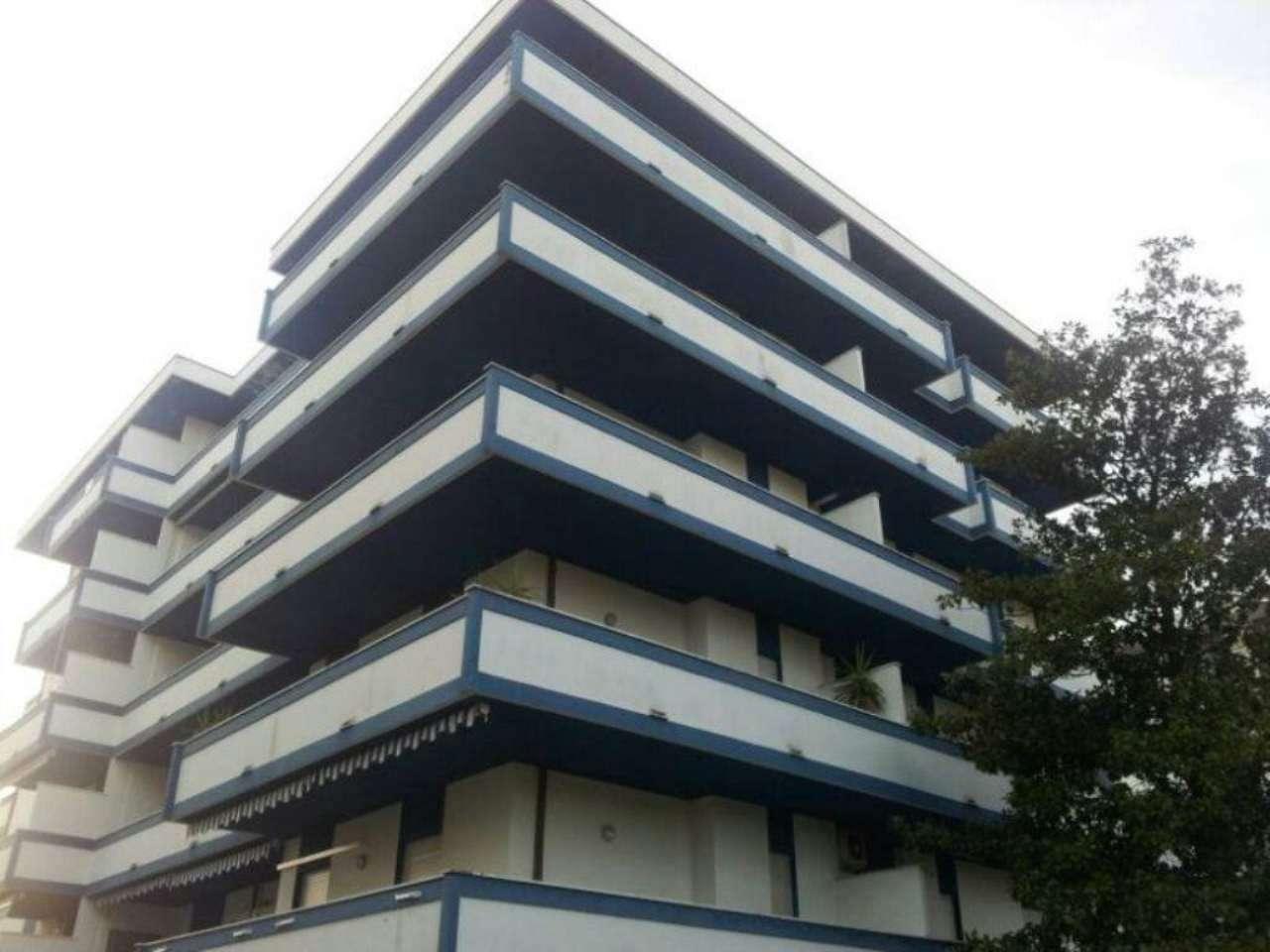 Attico / Mansarda in affitto a Silvi, 3 locali, prezzo € 600 | CambioCasa.it
