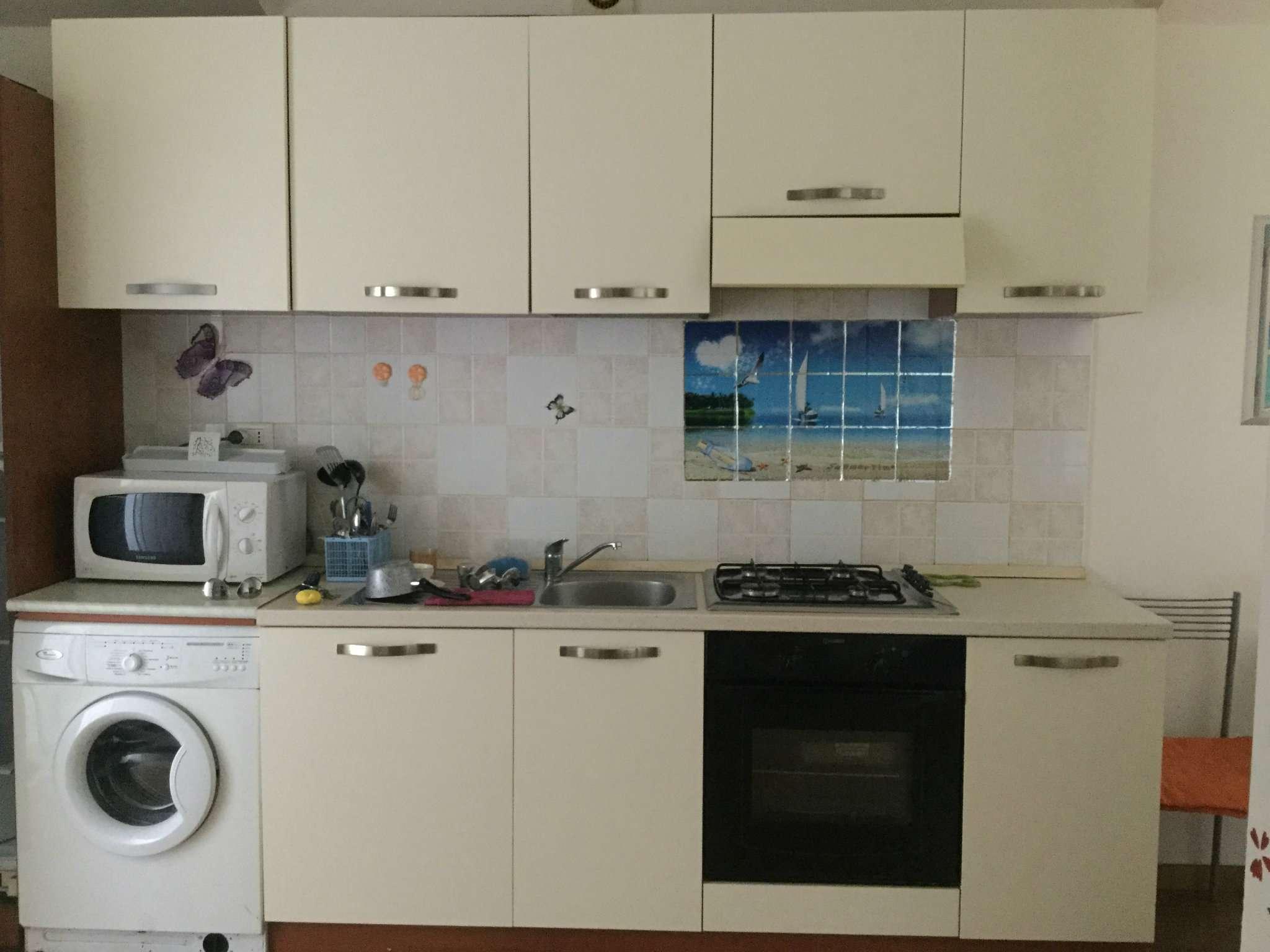 Attico / Mansarda in affitto a Montesilvano, 2 locali, prezzo € 425 | CambioCasa.it