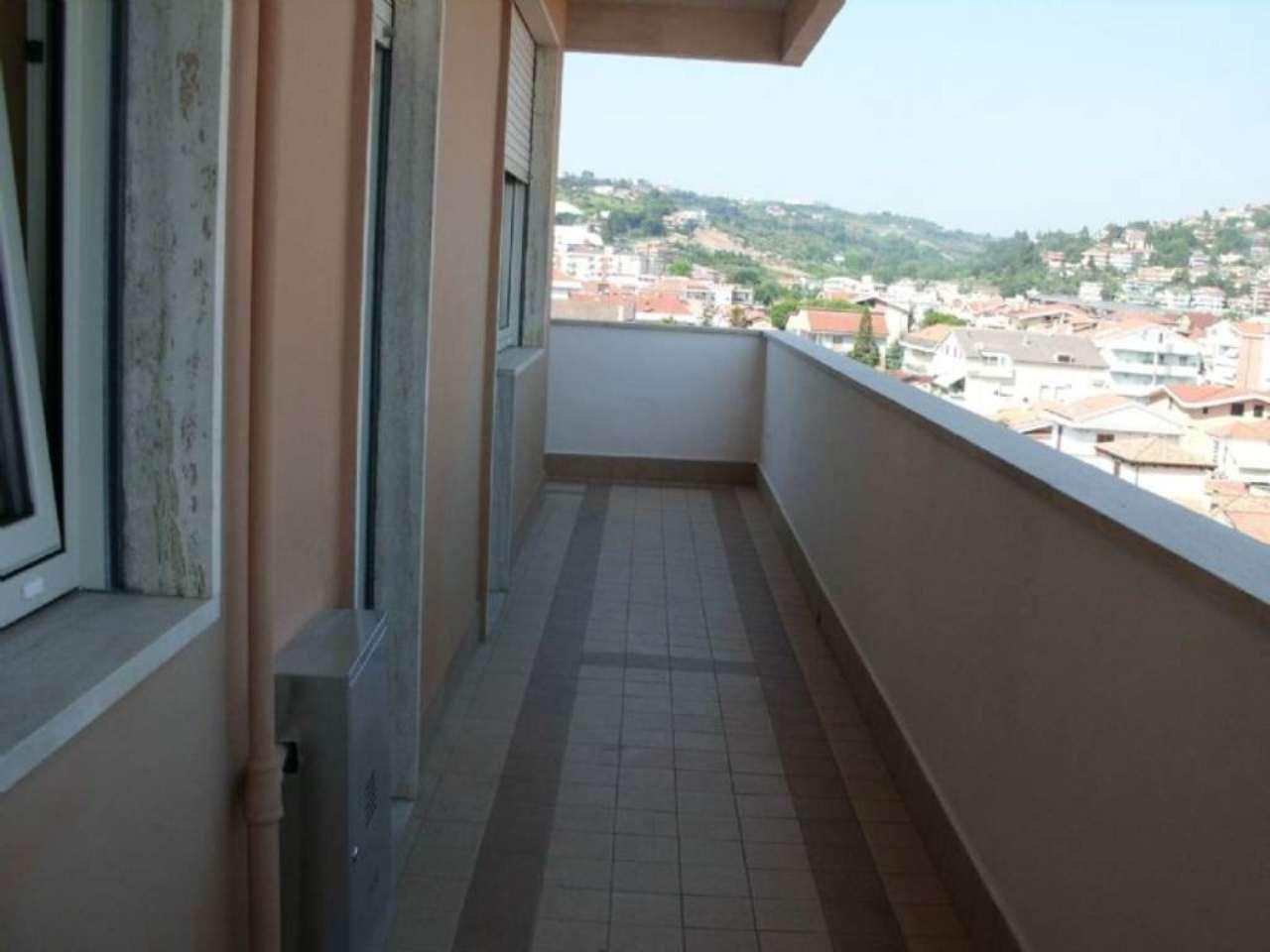 Bilocale Montesilvano Via Basento 5
