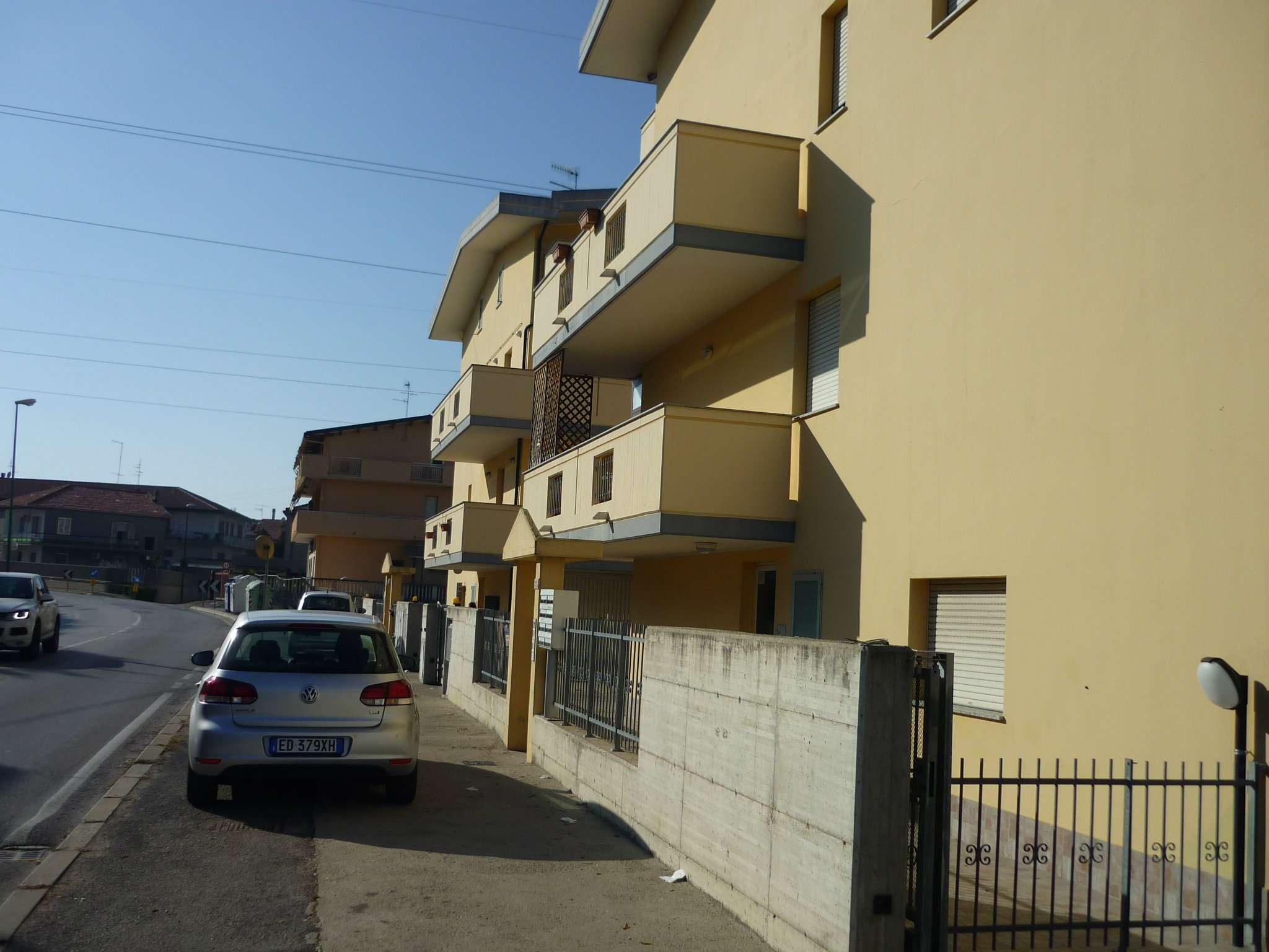 Magazzino in affitto a Pescara, 2 locali, prezzo € 350 | Cambio Casa.it