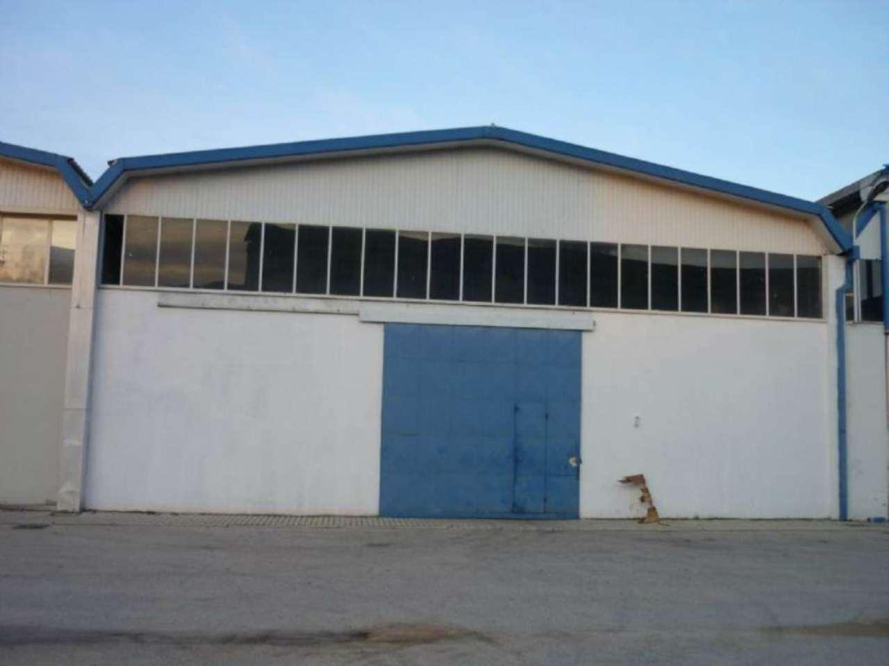 Capannone in affitto a Pescara, 9999 locali, prezzo € 3.000 | Cambio Casa.it