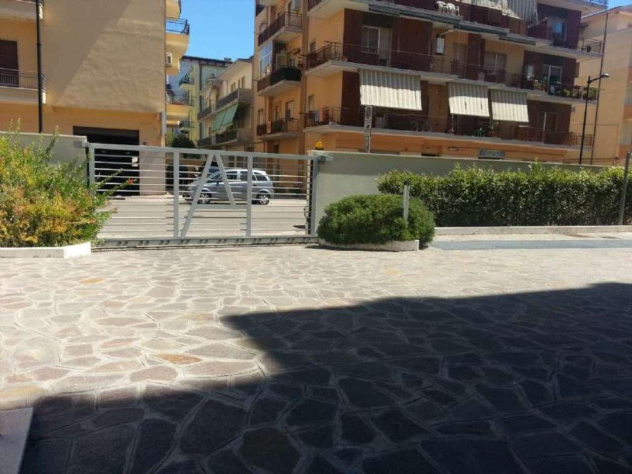 Box / Garage in affitto a Pescara, 1 locali, prezzo € 120 | Cambio Casa.it