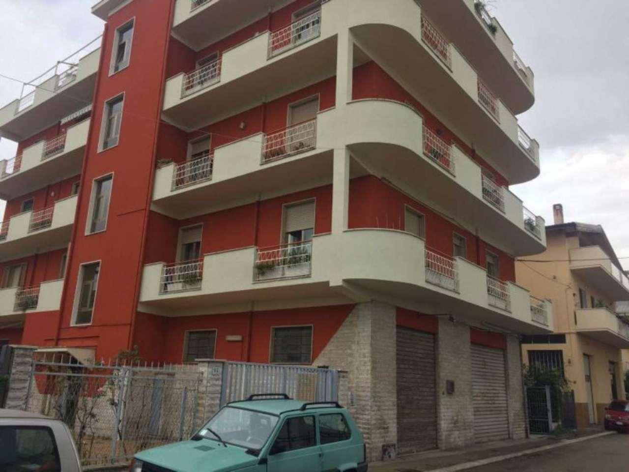 Bilocale Pescara Via Cigno 1