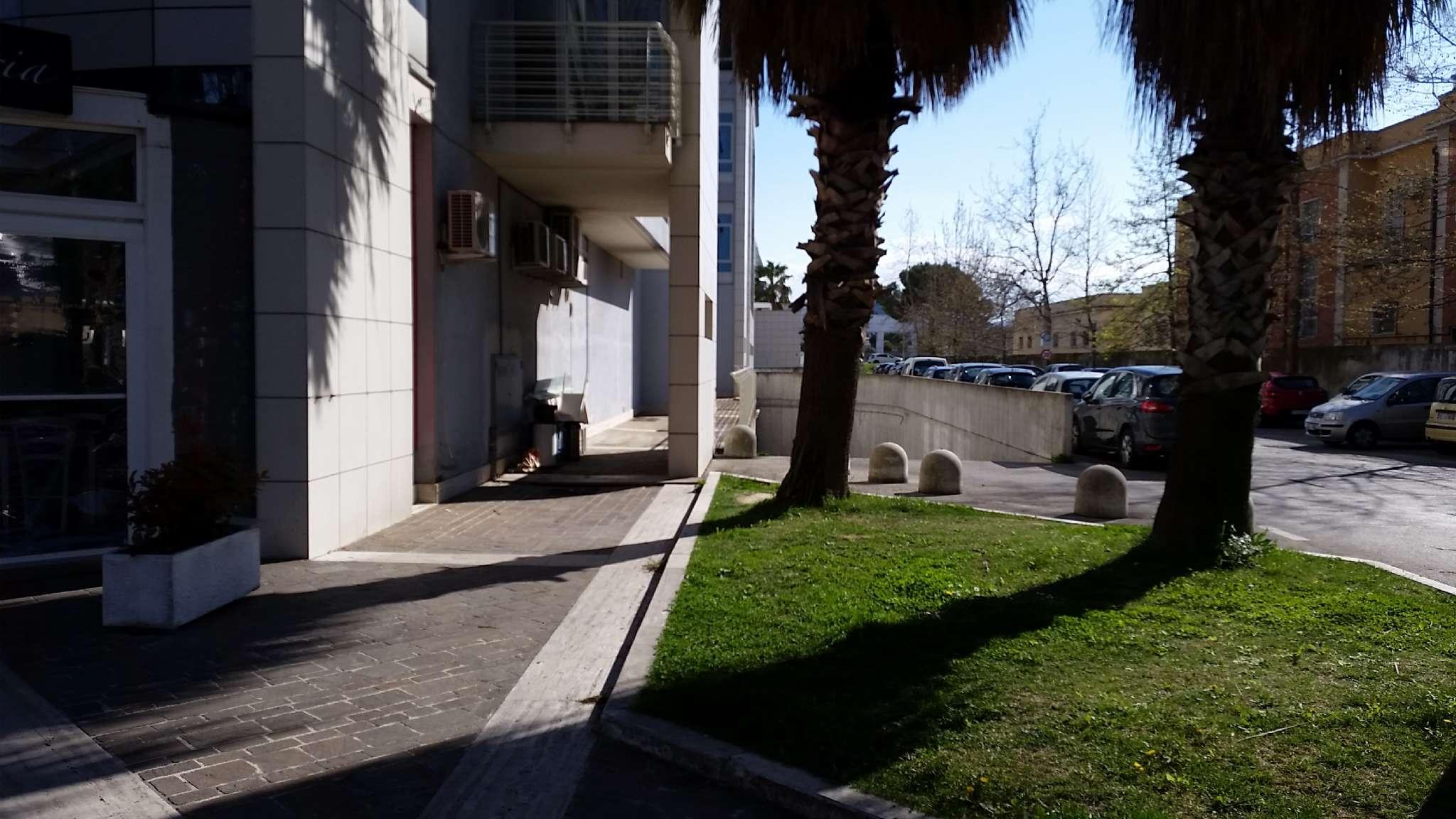 Box / Garage in affitto a Pescara, 1 locali, prezzo € 150 | Cambio Casa.it