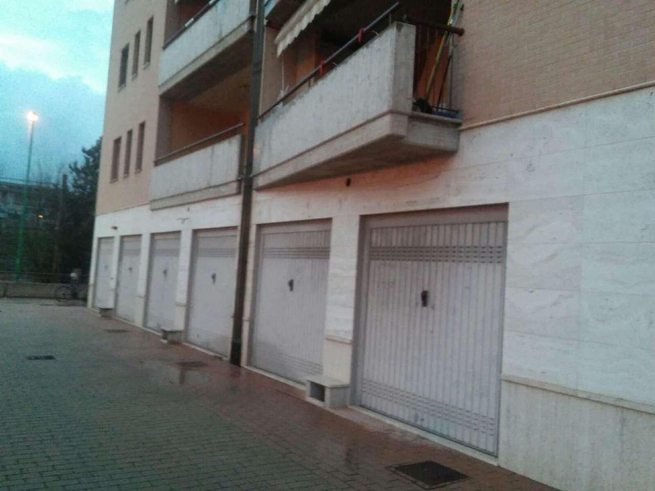 Box / Garage in affitto a Pescara, 1 locali, prezzo € 100 | CambioCasa.it