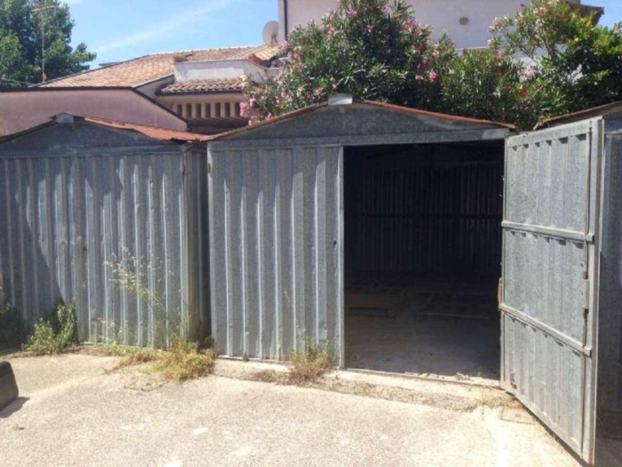 Box / Garage in affitto a Pescara, 1 locali, prezzo € 70 | Cambio Casa.it