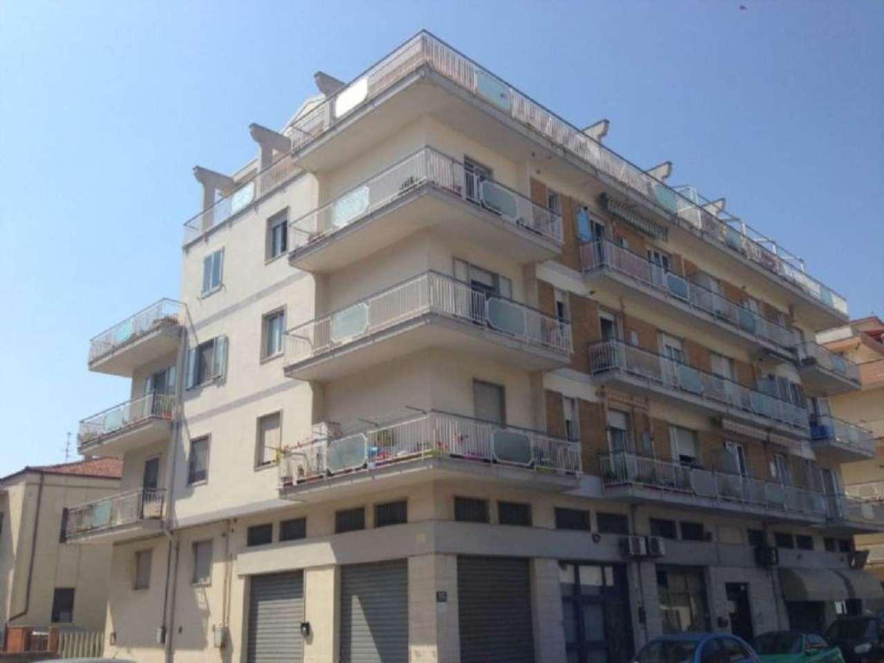 Bilocale Pescara Via Magellano 1