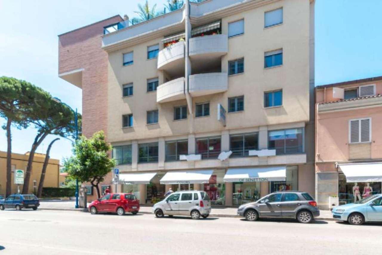 Ufficio / Studio in vendita a Montesilvano, 4 locali, prezzo € 145.000 | Cambio Casa.it