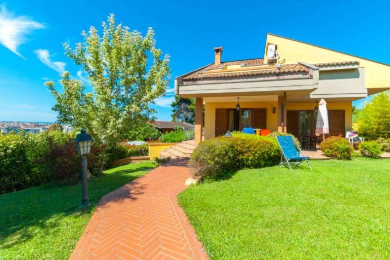 Villa in vendita a Pescara, 9999 locali, prezzo € 695.000 | Cambio Casa.it