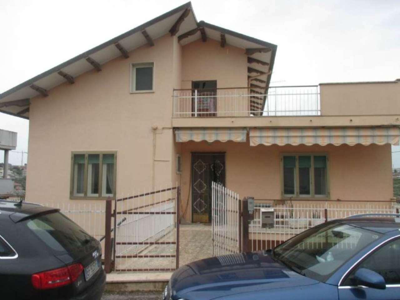 Soluzione Indipendente in vendita a Pescara, 9999 locali, prezzo € 250.000 | Cambio Casa.it