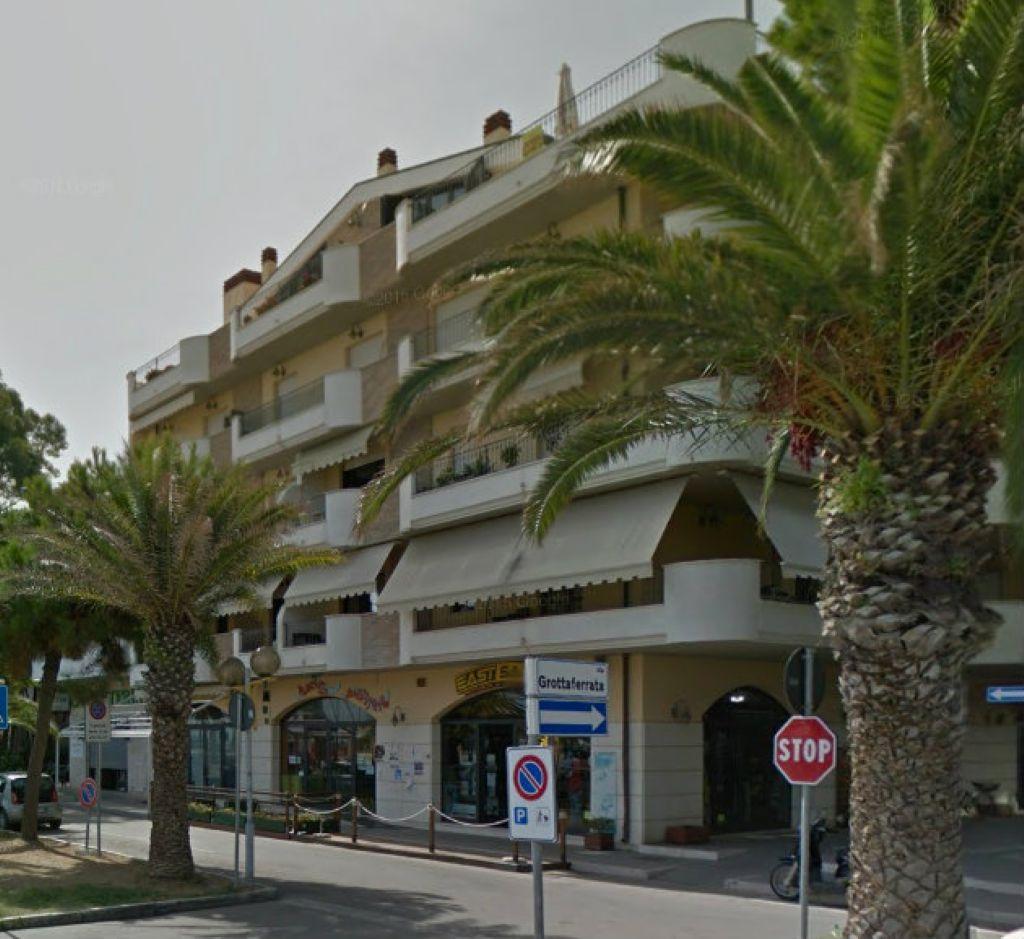 Appartamento in vendita a Roseto degli Abruzzi, 3 locali, prezzo € 190.000 | CambioCasa.it