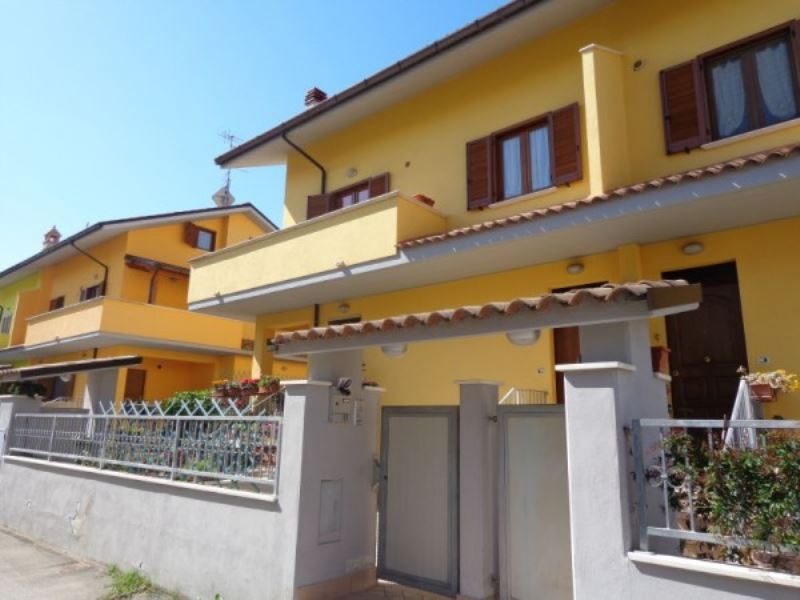 Appartamento in vendita a Manoppello, 5 locali, prezzo € 165.000 | Cambio Casa.it