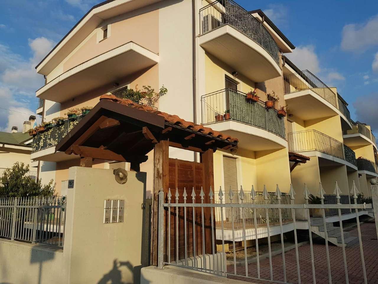 Appartamento in vendita a Cepagatti, 3 locali, prezzo € 90.000 | Cambio Casa.it