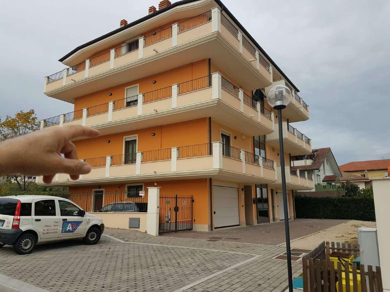 Appartamento in vendita a Cepagatti, 3 locali, prezzo € 135.000 | Cambio Casa.it