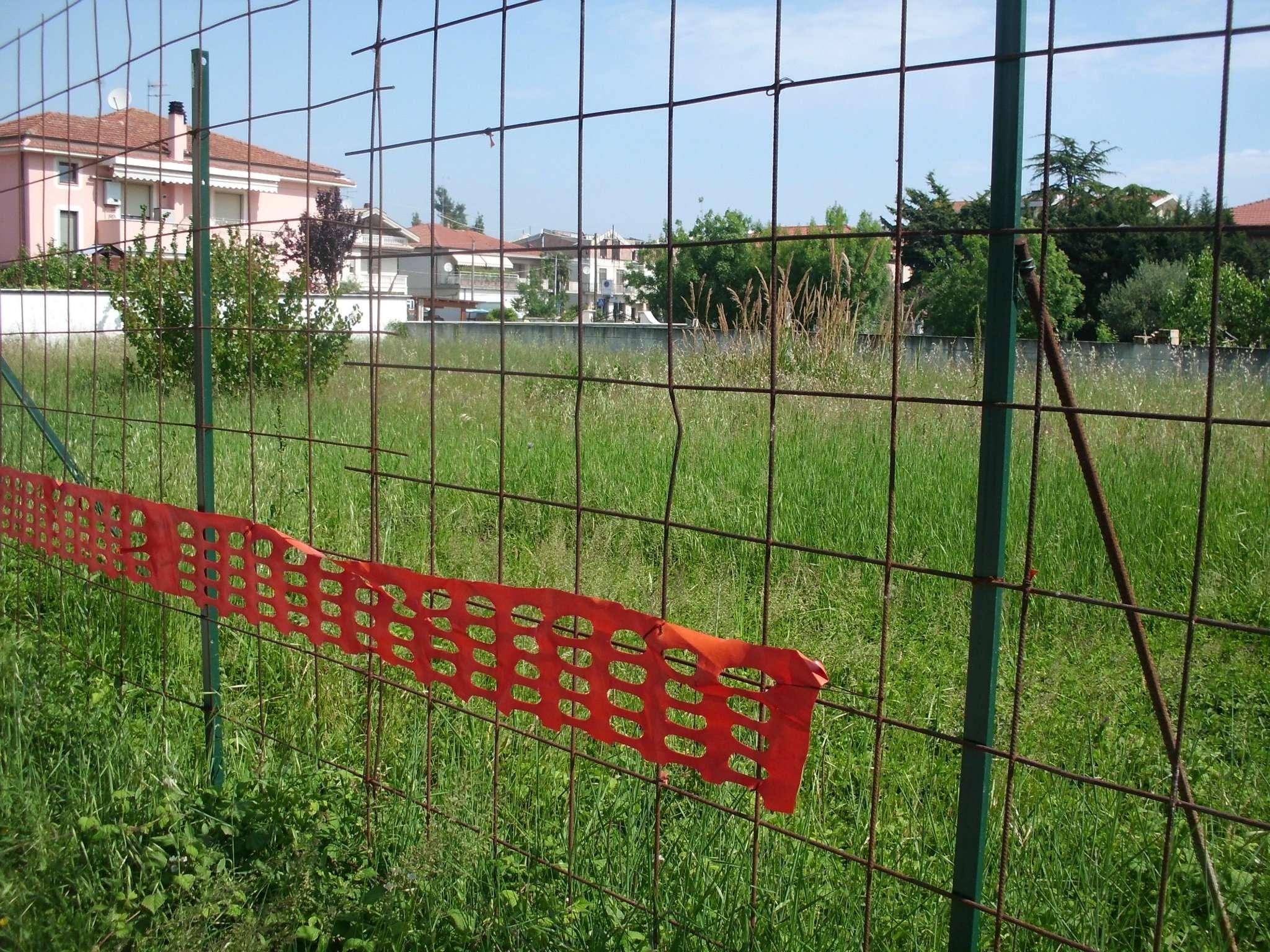 Terreno Edificabile Residenziale in vendita a Montesilvano, 9999 locali, prezzo € 200.000 | Cambio Casa.it