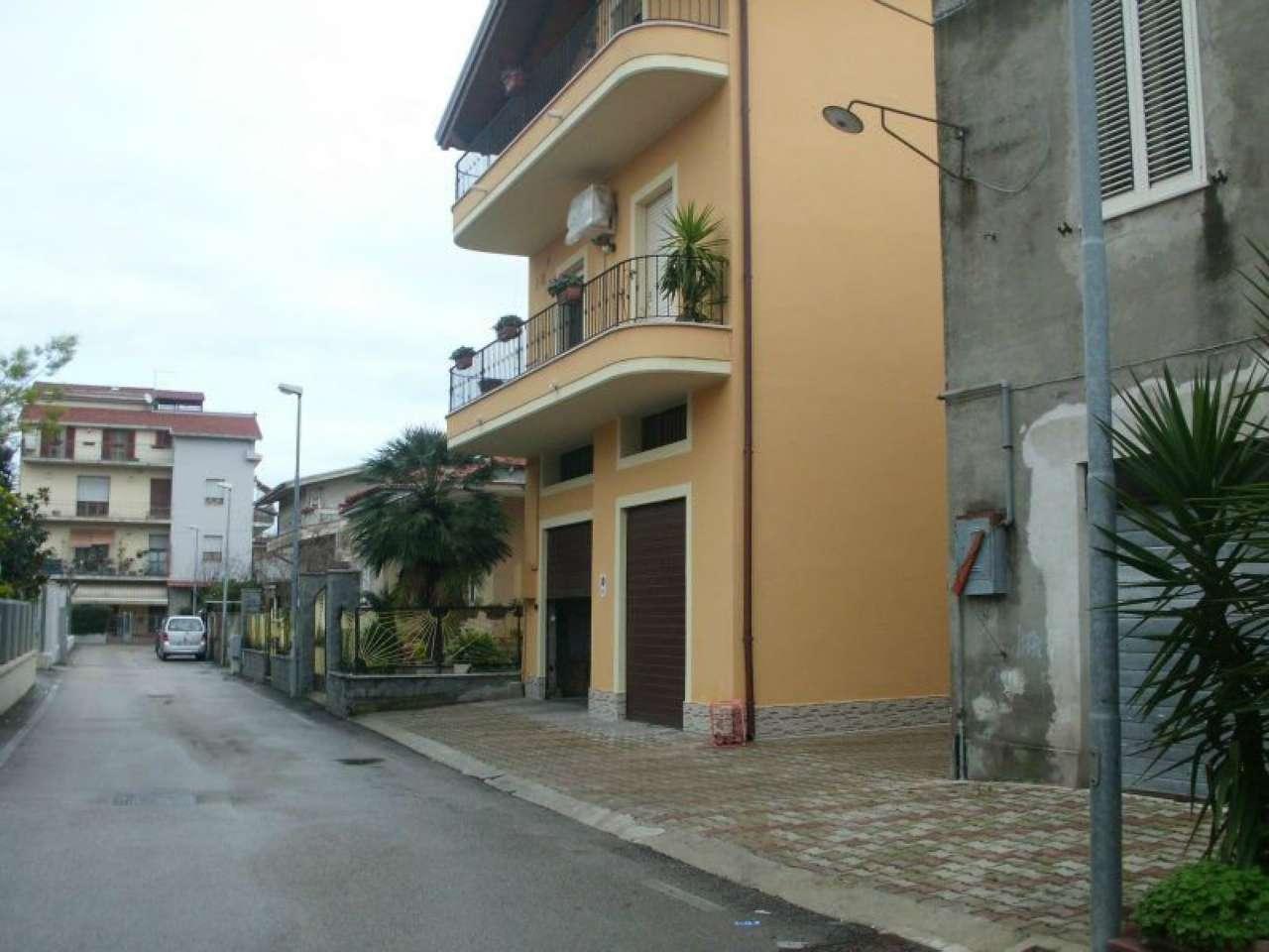 Magazzino in vendita a Montesilvano, 1 locali, prezzo € 40.000 | Cambio Casa.it