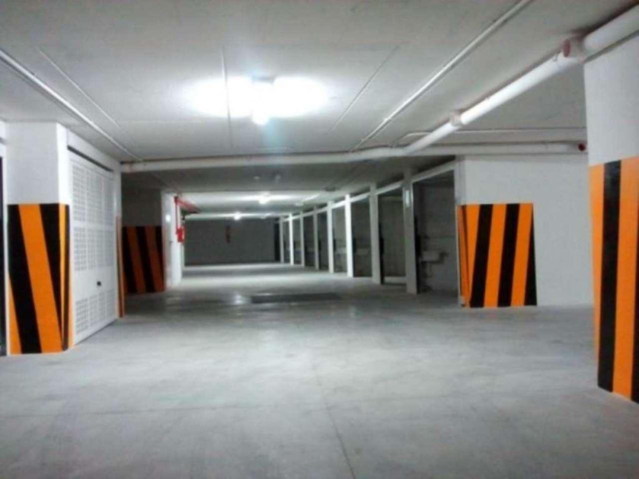 Box / Garage in vendita a Pescara, 1 locali, prezzo € 140.000   Cambio Casa.it