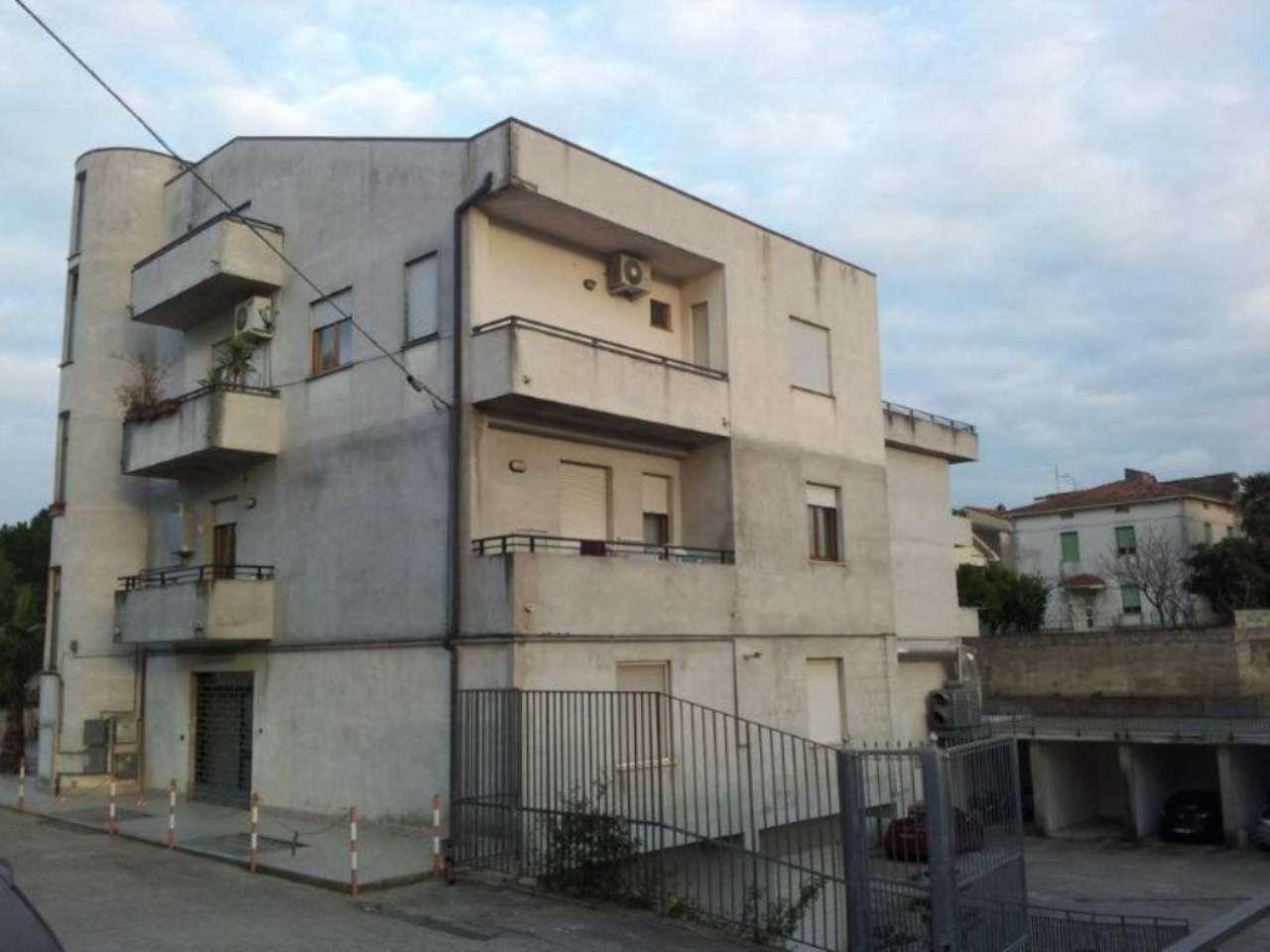 Altro in vendita a San Vito Chietino, 2 locali, prezzo € 300.000 | CambioCasa.it