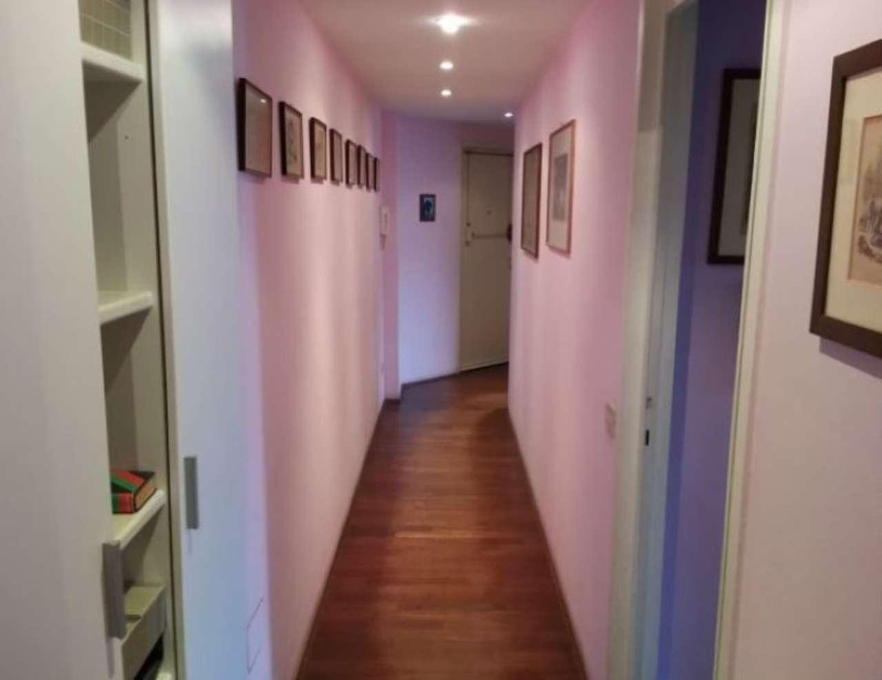 Bilocale Milano Via Umberto Visconti Di Modrone 4