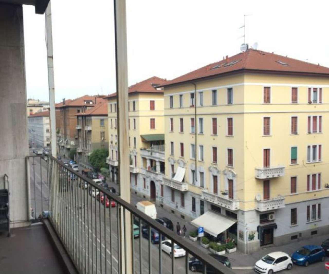 Bilocale Milano Via Giovanni Antonio Amadeo 11