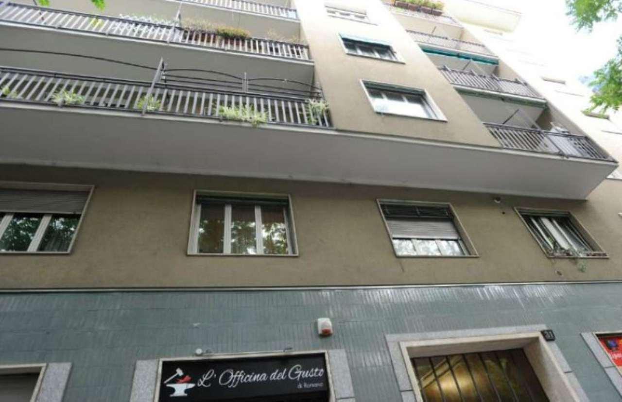 Bilocale Milano Via Morgantini 10