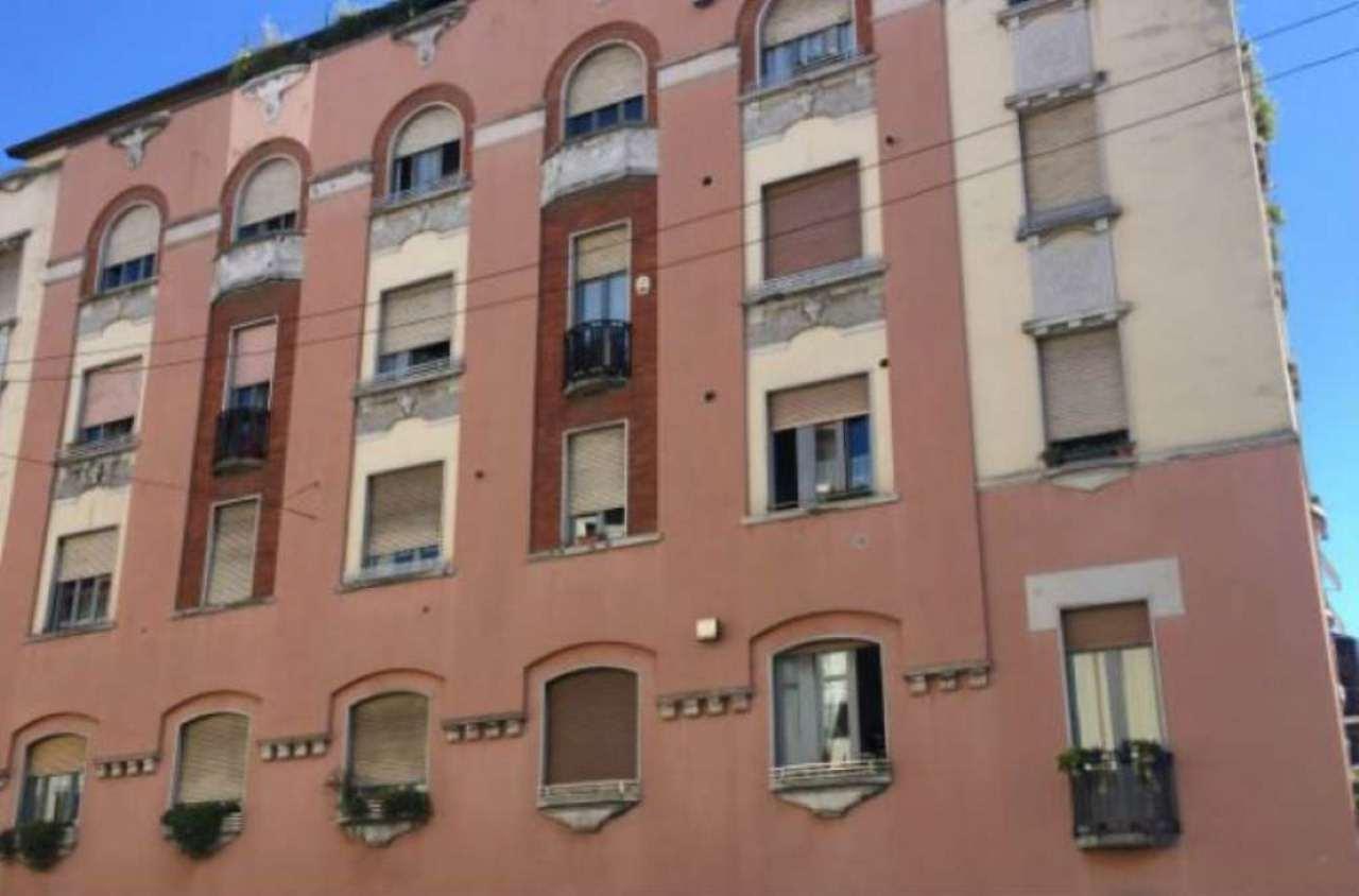 Bilocale Milano Via Friuli 2