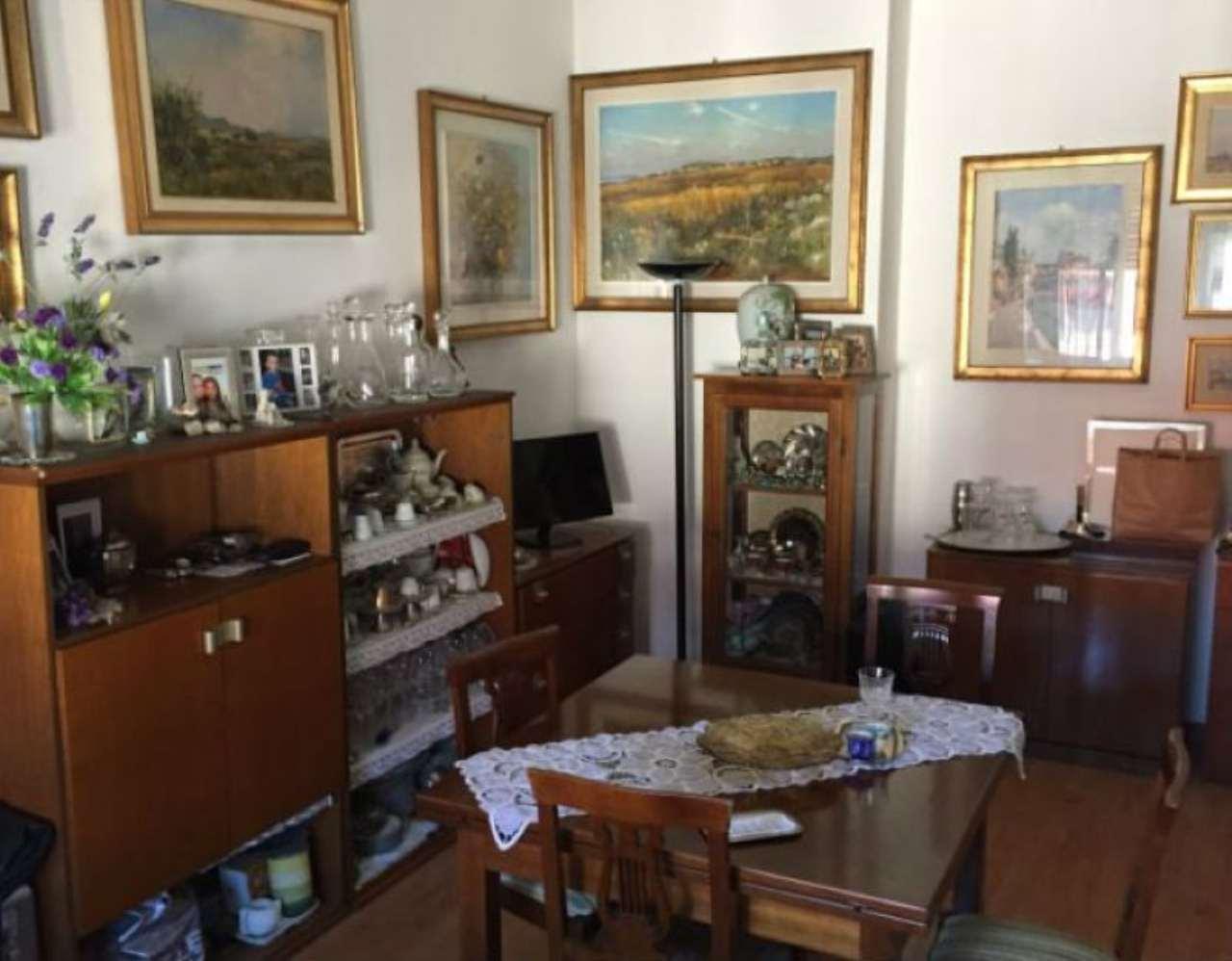 Bilocale Milano Via Friuli 4