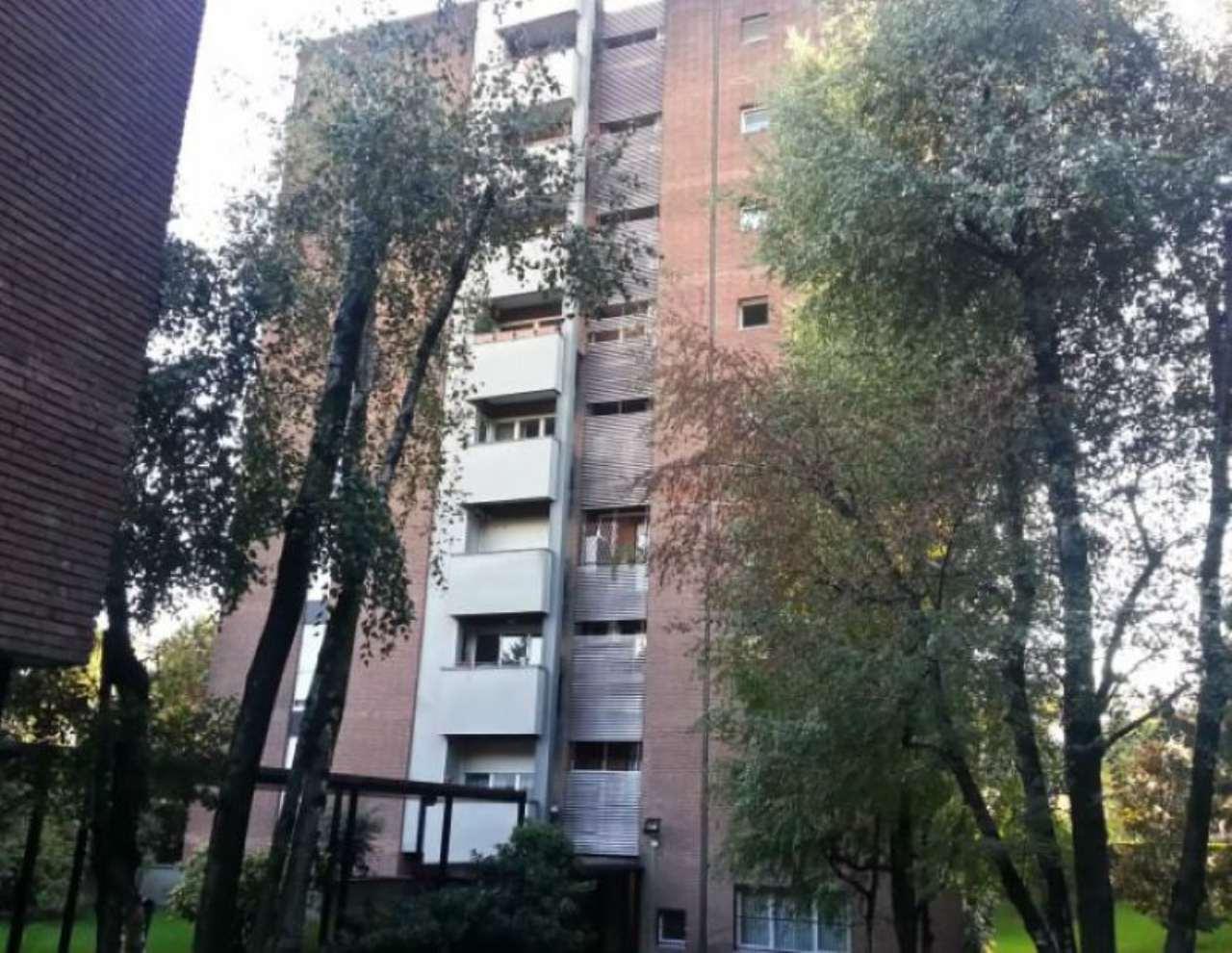Bilocale Milano Via Zamagna 1