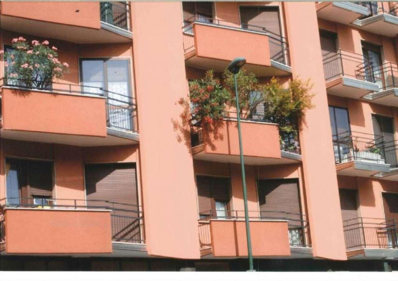 Bilocale Milano Via Bruno Buozzi 1