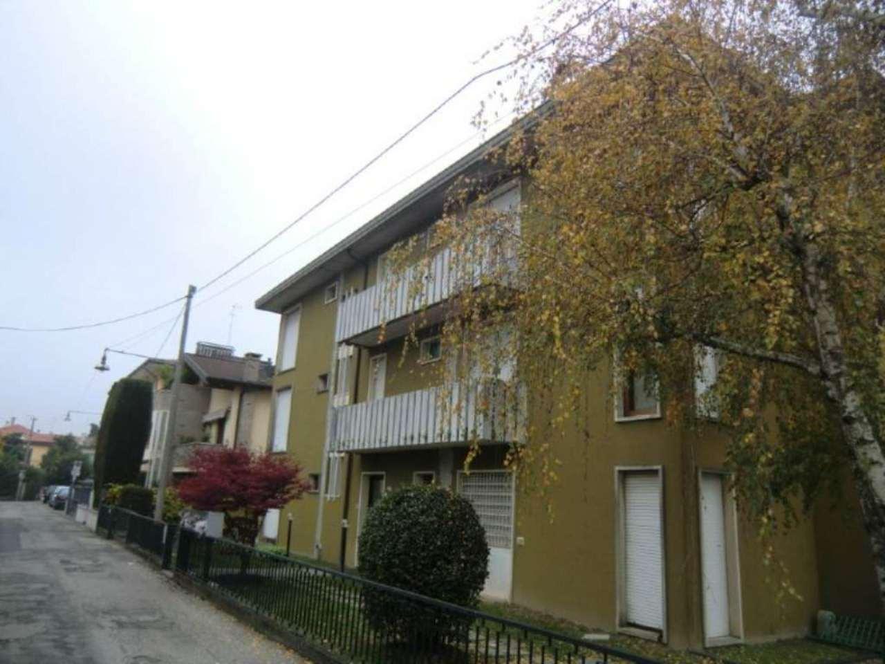 Bilocale Padova Via De Leva 2