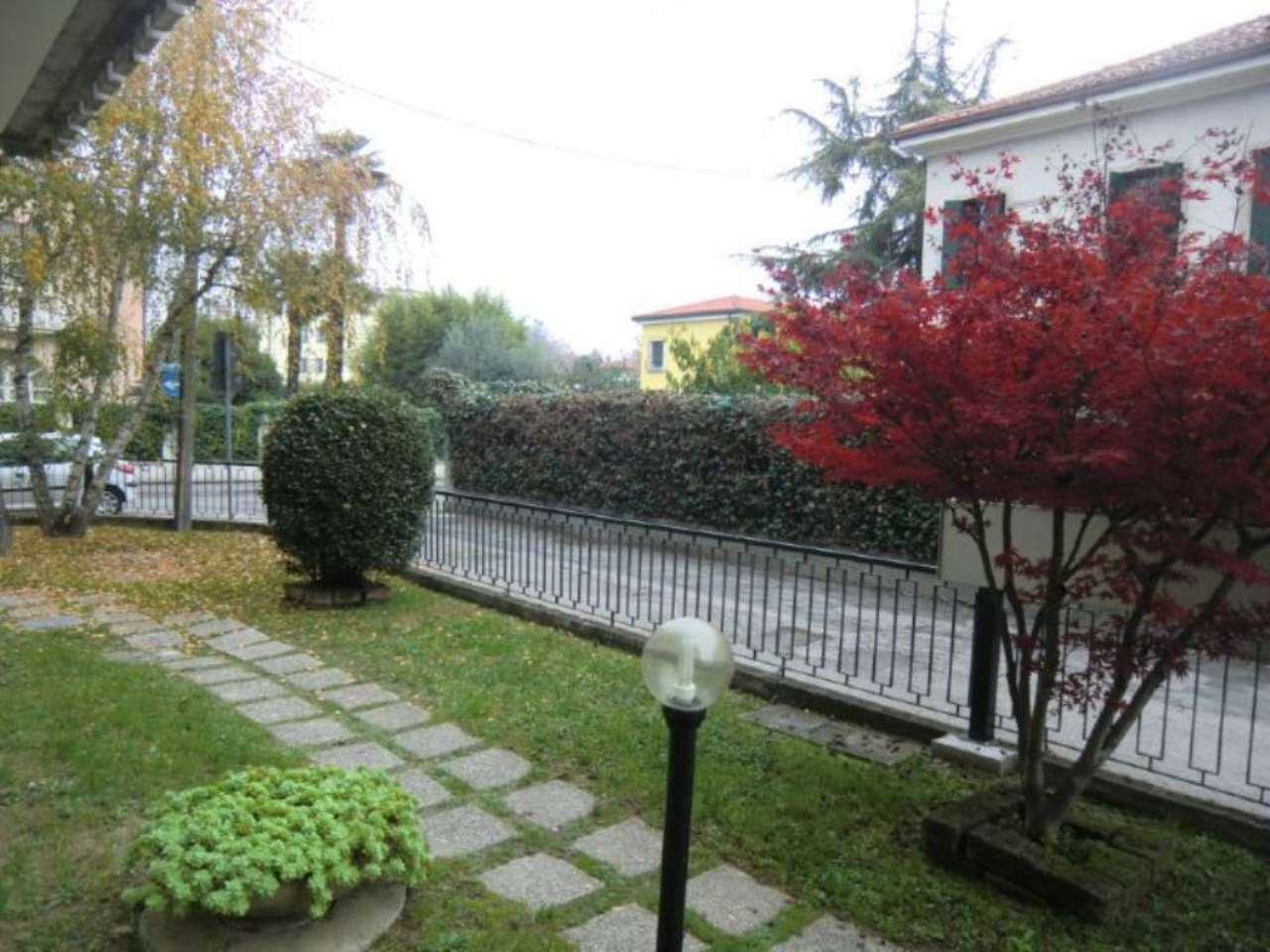 Bilocale Padova Via De Leva 4