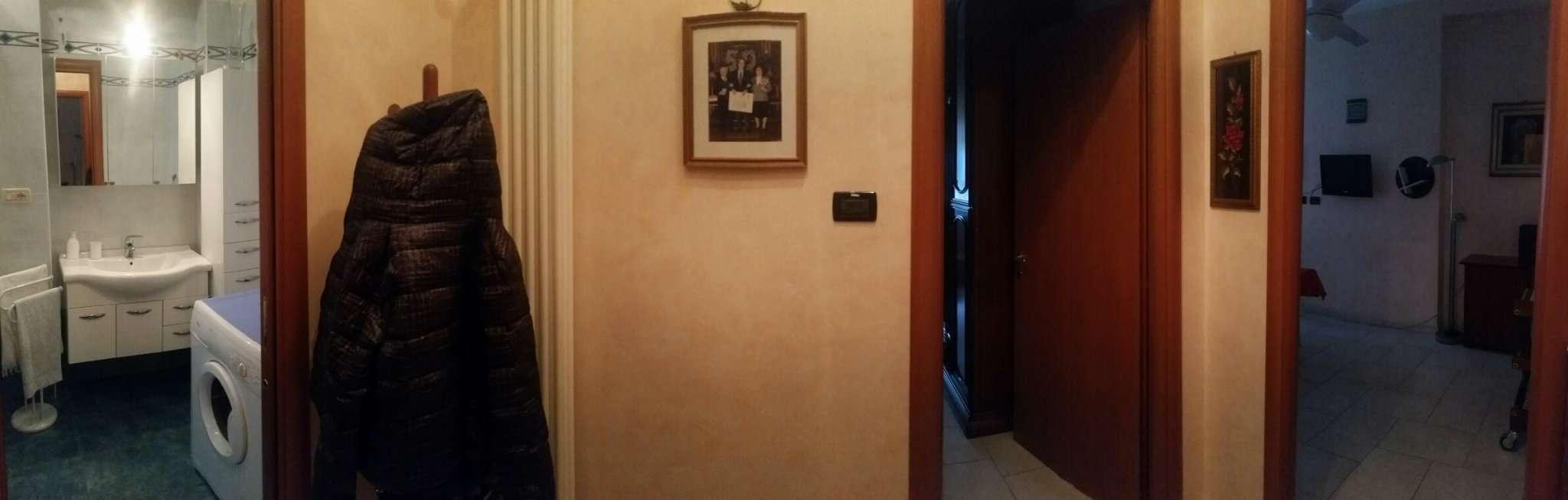 Bilocale Torino Via Monterosa 5