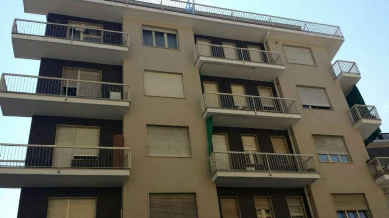 Bilocale Torino Via Montalenghe 2