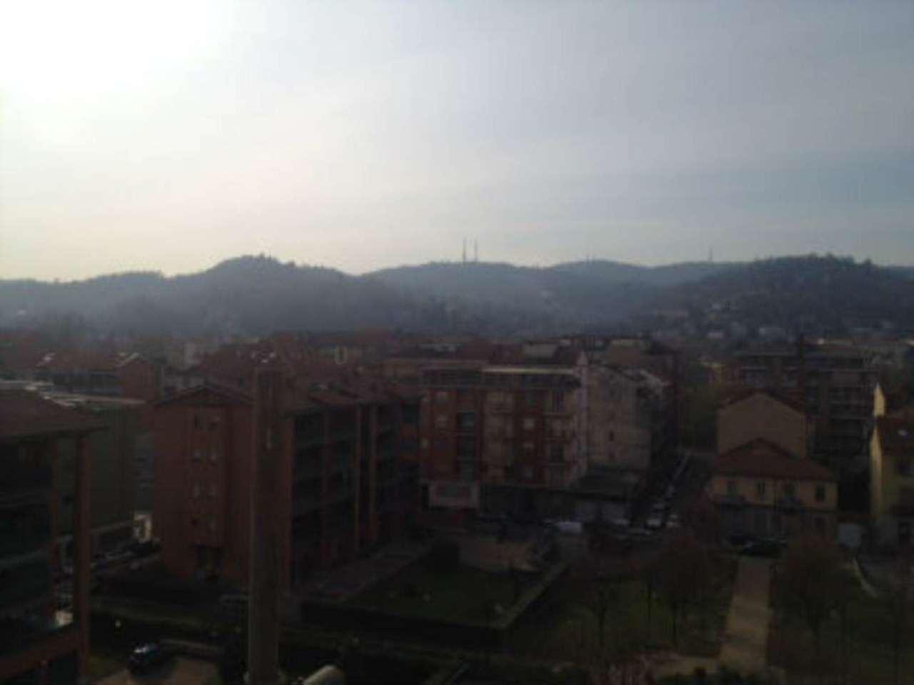Bilocale Torino Via Oropa 11