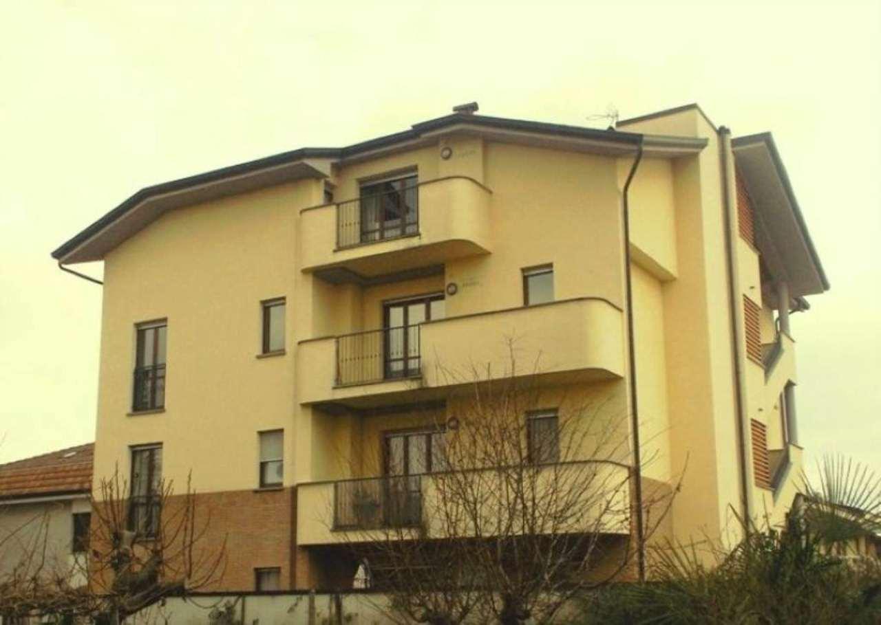 Appartamento in affitto a Biassono, 1 locali, prezzo € 450 | Cambio Casa.it