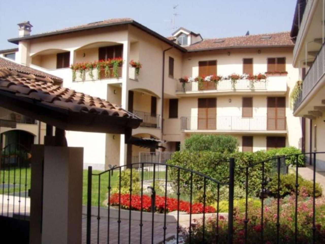 Appartamento in affitto a Vedano al Lambro, 1 locali, prezzo € 400 | Cambio Casa.it