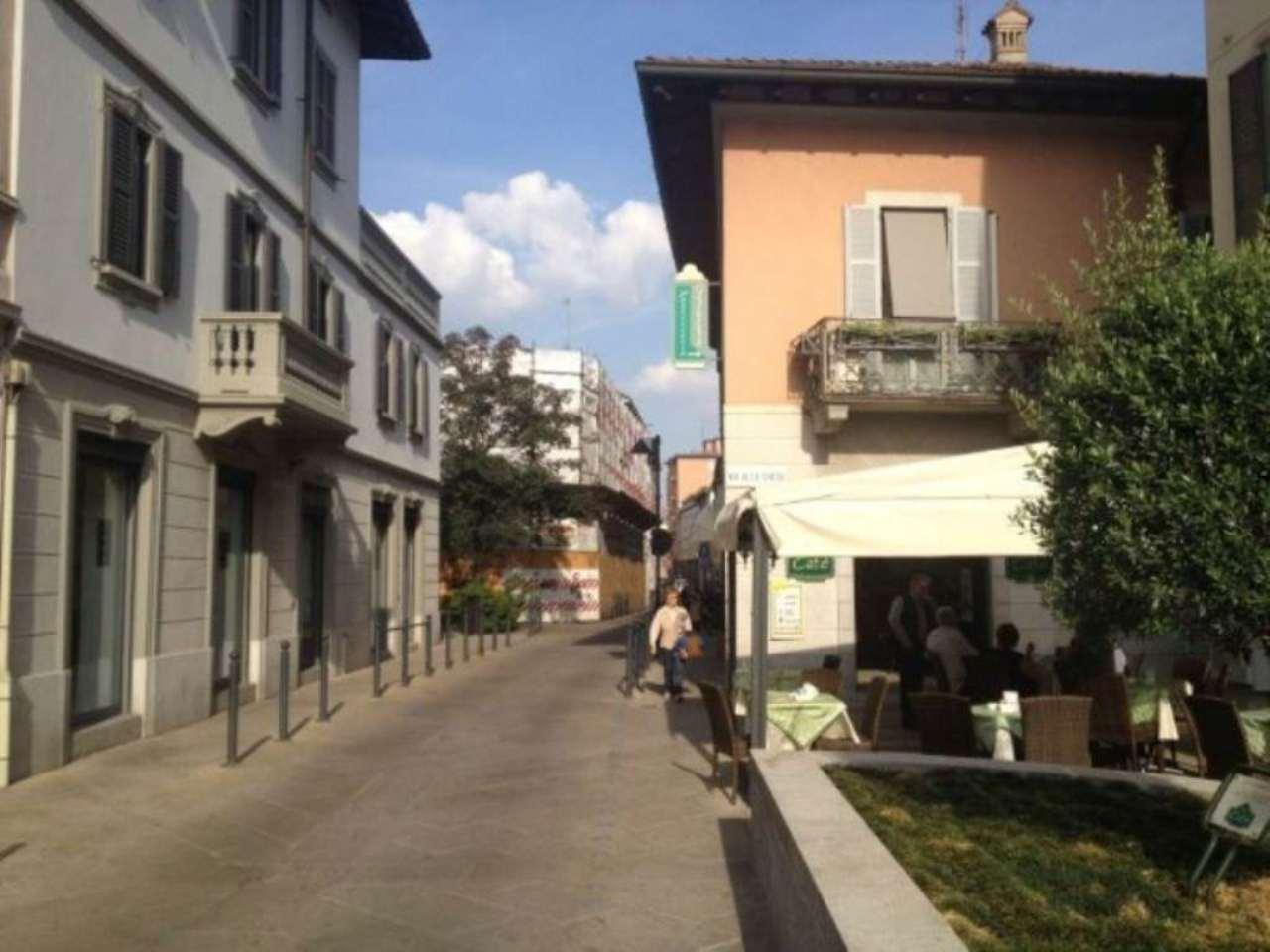 Bilocale Seregno Via Camillo Benso Conte Di Cavour 5