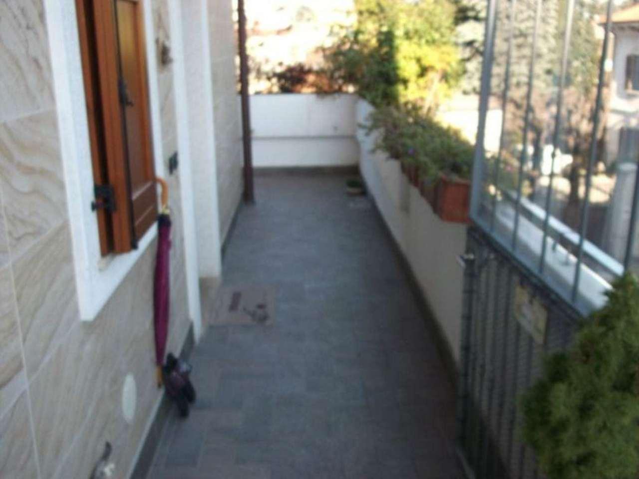Bilocale Seregno Via Gioacchino Rossini 5