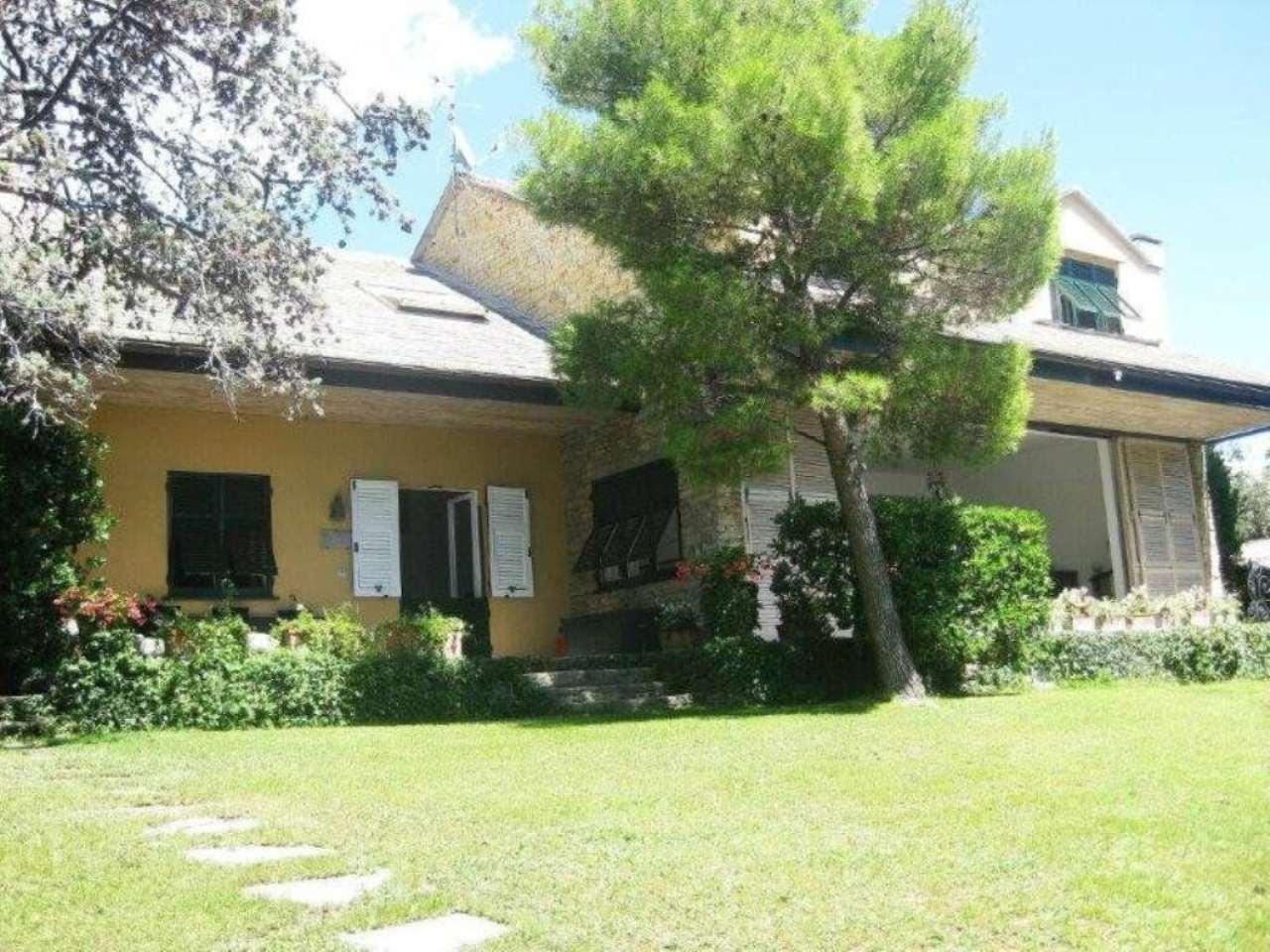 Villa in vendita a Pieve Ligure, 15 locali, Trattative riservate | Cambio Casa.it