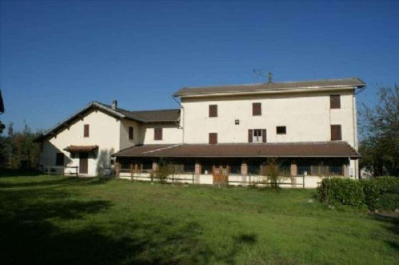 Rustico / Casale in vendita a Trisobbio, 5 locali, prezzo € 700.000 | Cambio Casa.it