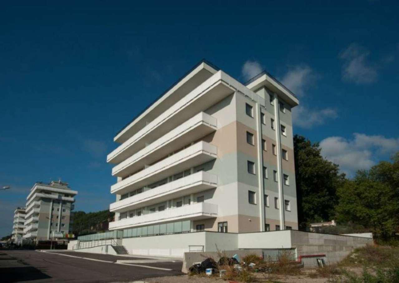 Bilocale Salerno Via Monticelli 12