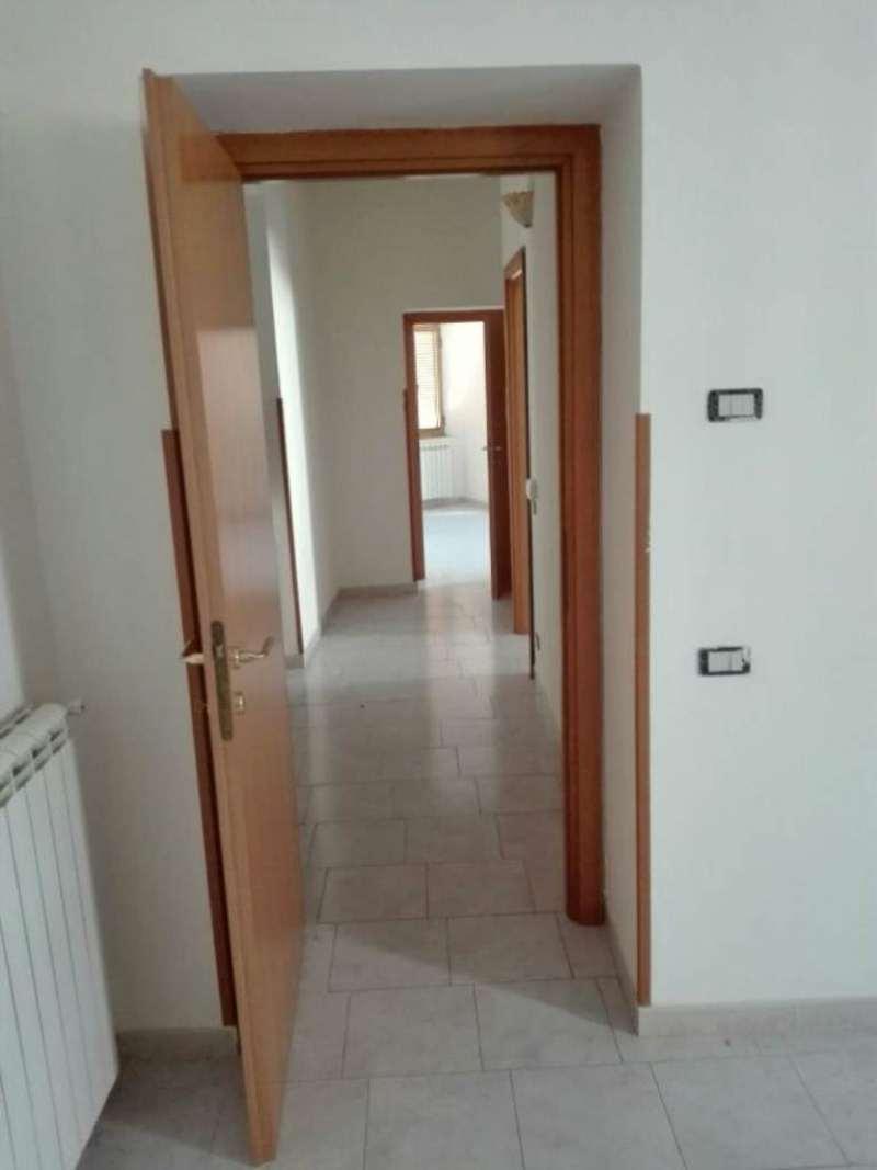 Bilocale Solopaca Piazza Castel San Martino 3